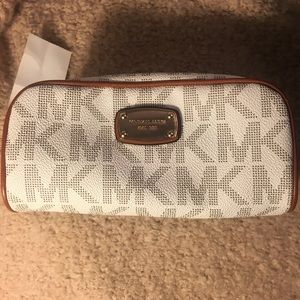 NEW Michael Kors Travel Pouch/Cosmetic Case